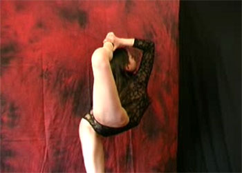 Hot flexible women crave for contortion sex