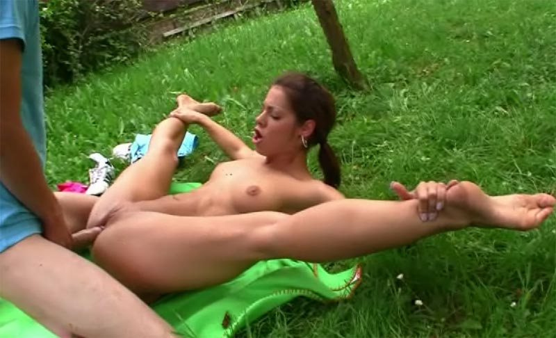 flexible outdoor girl porn